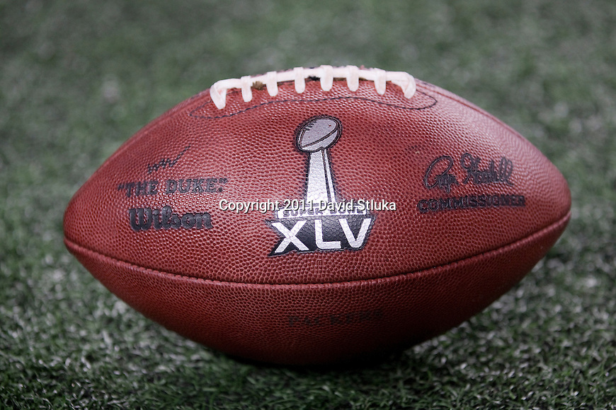 "An official Wilson ""The Duke"" football sits on the turf during the Pittsburgh Steeler Super Bowl XLV football game against the Green Bay Packers on Sunday, February 6, 2011, in Arlingto, Texaas. The Packers won 31-25. (AP Photo/David Stluka)"