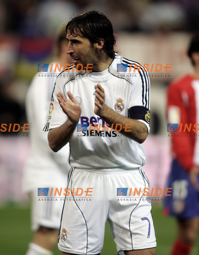 Real Madrid's Raul Gonzalez during  the Spanish League match between Atletico de Madrid and Real Madrid at Vicente Calderon Stadium in Madrid, Saturday February 24 2007. (INSIDE/ALTERPHOTOS/B.echavarri).