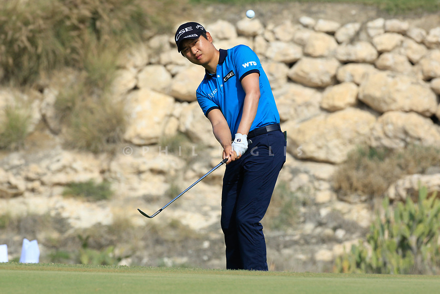Jeunghun Wang (KOR) during the second round of the Commercial Bank Qatar Masters played at Doha Golf Club, Qatar. 23/02/2018<br /> Picture: Golffile | Phil Inglis<br /> <br /> <br /> All photo usage must carry mandatory copyright credit (&copy; Golffile | Phil Inglis)