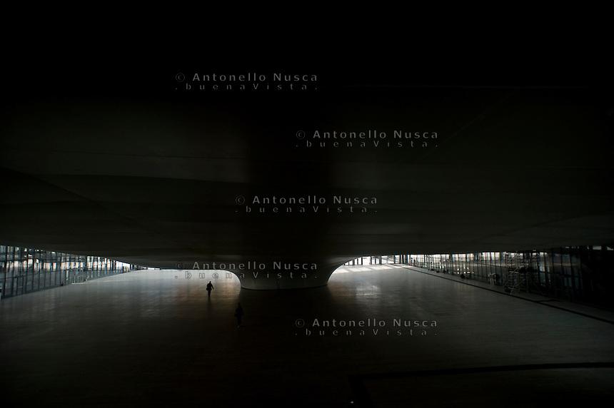 """Il nuovo centro congressi La Nuvola progettato da Massimiliano Fuksas e realizzato nel quartiere Eur a Roma aprirà il prossimo 29 Ottobre. The new convention center named """"The Cloud"""" designed by Italian architect Massimiliano Fuksas in the Eur business district in Rome. It will be inaugurate on October 29, 2016."""