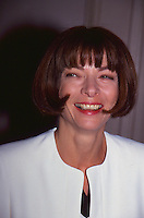 Anna Wintour By Jonathan Green