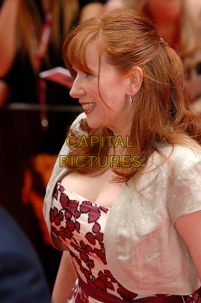 CATHERINE TATE.Arrivals at the British Academy Television Awards, (BAFTA's) held at Grosvenor House Hotel, London, .England, May 7th 2006..bafta baftas half length.Ref: PL.www.capitalpictures.com.sales@capitalpictures.com.©Phil Loftus/Capital Pictures