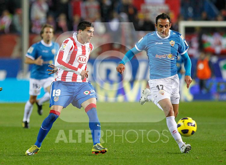 Madrid (31/10/10).- Estadio Vicente Caldeon..Campeonato Nacional de Liga..Atco. Madrid 1- Almeria 1..Reyes y J.M. Ortiz...©Alex Cid-Fuentes/ ALFAQUI..