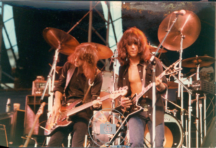 Pete Sears & Craig Chaquico of Jefferson Starship in Central Park 1980. Jefferson Starship,