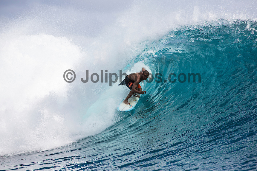 Namotu Island, Fiji (Friday, June 5, 2015) Wiggolly Dantas (BRA). A storm front blew in overnight with wind and rain. The swell also built during the night to a solid 10'. Cloudbreak was very messy and unridable due to the winds and the chop. Restaurants was the only spot working in the 4' + range with a packed session as the tide dropped to the 2.30pm low and then another late afternoon session.<br />  Photo: joliphotos.com