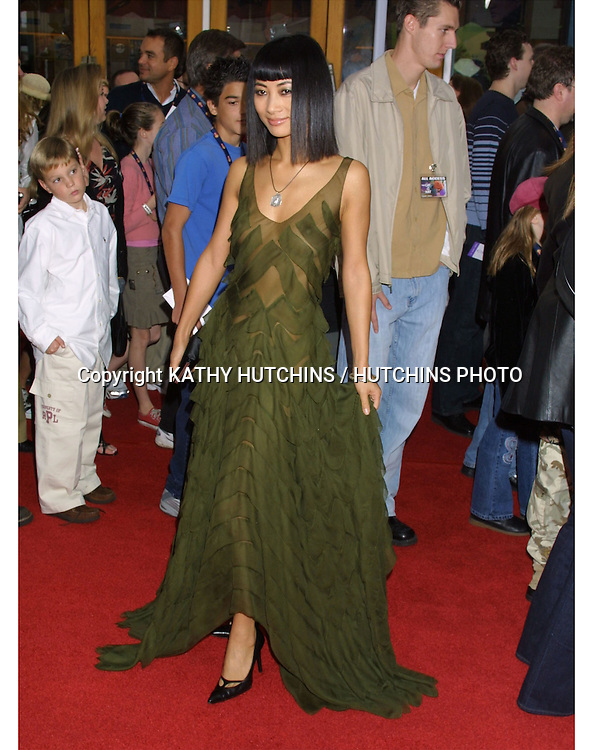 "©2003 KATHY HUTCHINS / HUTCHINS PHOTO.""CAT IN THE HAT"" PREMIERE.UNIVERSAL CITY, CA.NOVEMBER 8, 2003..BAI LING"