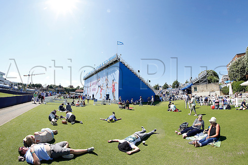 24.06.2016. Eastbourne, England. Aegon International Eastbourne tennis tournament. Spectators enjoy the sunny day at Devonshire Park.
