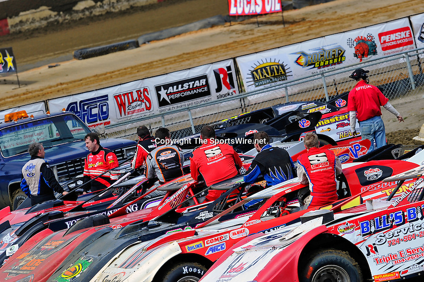 Feb 06, 2010; 12:53:07 PM; Gibsonton, FL., USA; The Lucas Oil Dirt Late Model Racing Series running The 34th Annual Dart WinterNationals at East Bay Raceway Park.  Mandatory Credit: (thesportswire.net)