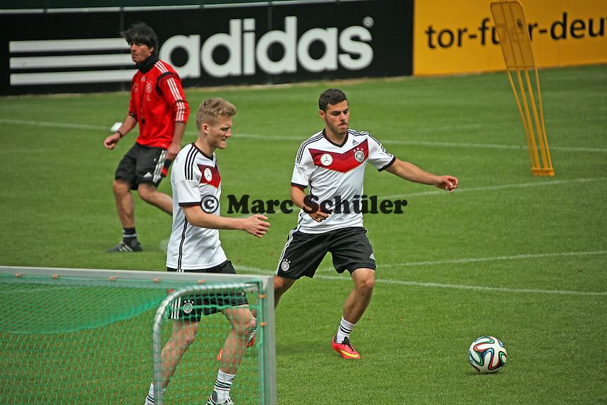 Andre Schürrle und Kevin Volland - Abschlusstraining der Deutschen Nationalmannschaft gegen die U20 im Rahmen der WM-Vorbereitung in St. Martin