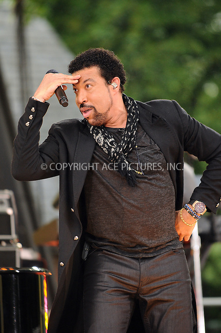 WWW.ACEPIXS.COM . . . . .  ....May 29 2009, New York City....Recording artist Lionel Richie performed at the Summer Stage in Central Park for ABC's 'Good Morning America' show on May 29 2009 in New York City....Please byline: AJ Sokalner - ACEPIXS.COM..... *** ***..Ace Pictures, Inc:  ..tel: (212) 243 8787..e-mail: info@acepixs.com..web: http://www.acepixs.com