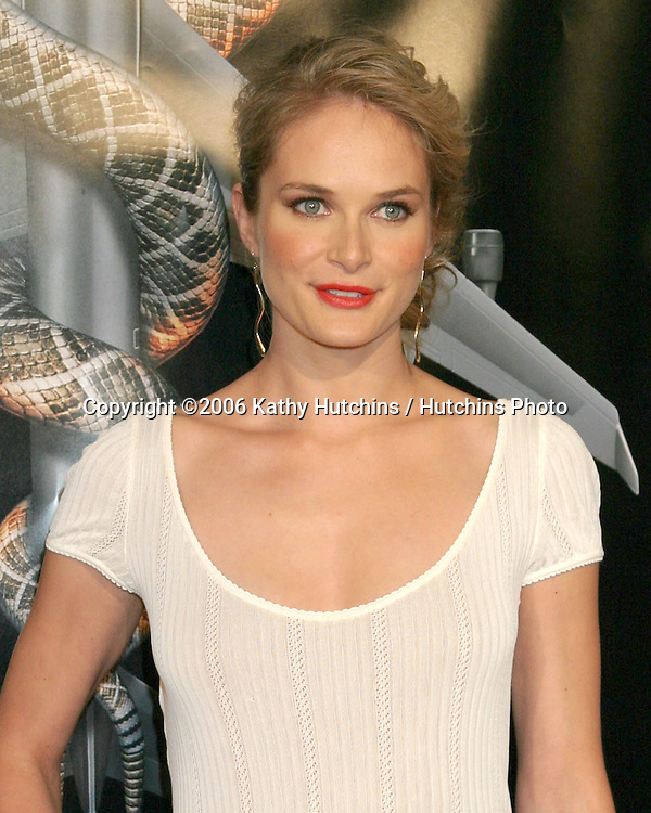 "Rachel Blanchard.""Snakes on a Plane"" Premiere.Grauman's Chinese Theater. Hollywood, CA.August 17, 2006.©2006 Kathy Hutchins / Hutchins Photo.."