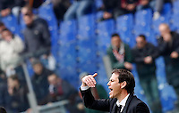 Calcio, Serie A: Roma vs Napoli. Roma, stadio Olimpico, 4 aprile 2015.<br /> Roma's coach Rudi Garcia gestures to his players during the Italian Serie A football match between Roma and Napoli at Rome's Olympic stadium, 4 April 2015.<br /> UPDATE IMAGES PRESS/Riccardo De Luca
