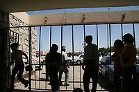 La población opina que hace falta seguridad al interior de los centros penitenciarios del estado.