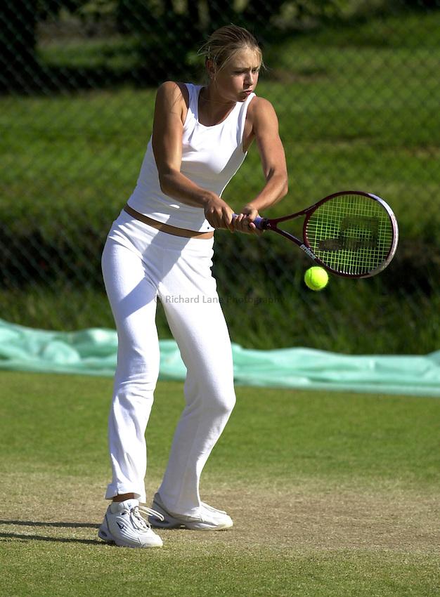 Photo: Richard Lane..DFS Classic Women's International Tennis at Edgebaston. 11/06/2003..Maria Sharapova.