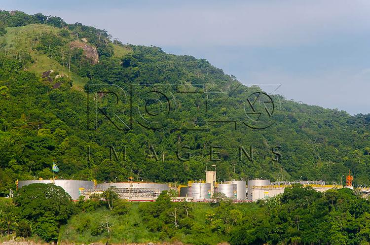 Terminal de petrolífero da baia de Ilha Grande, Angra dos Reis -  RJ, 01/2014.