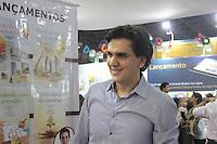 SAO PAULO, SP, 30.08.2014 - BIENAL INTERNACIONAL DO LIVRO DE SAO PAULO - O escritor Gabriel Chalita  durante a Bienal Internacional do Livro de Sao Paulo no Anhembi neste sabado, 30. (Foto: Carlos Pessuto / Brazil Photo Press).