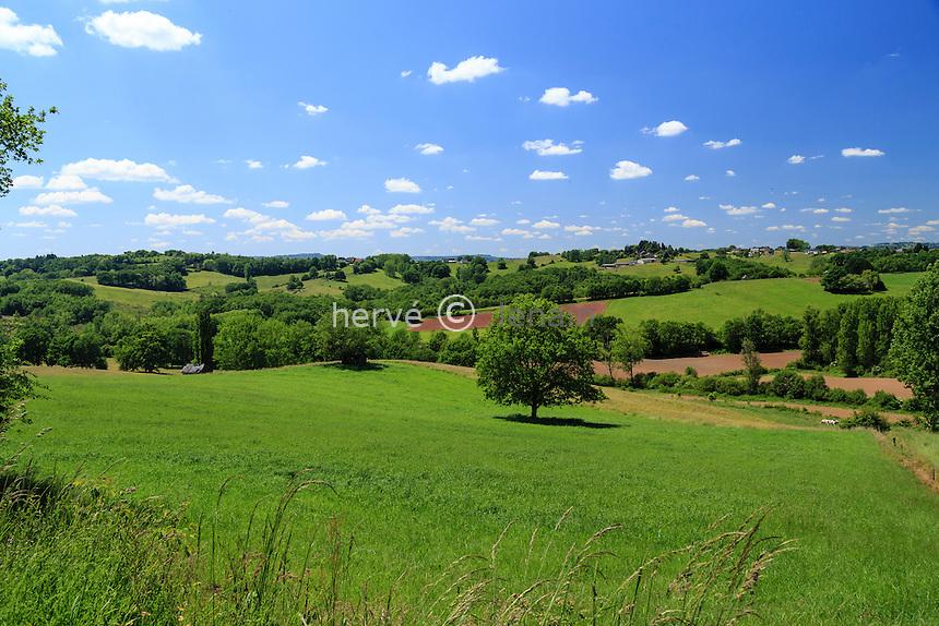 France, Corrèze (19), Voutezac, paysage de campagne // France, Correze, Voutezac, countryside