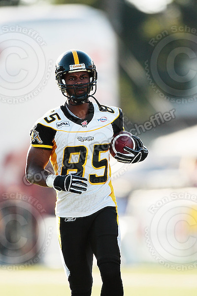 Aug 3, 2007; Hamilton, ON, CAN; Winnipeg Blue Bombers play the Hamilton Tiger-Cats at Ivor Wynne Stadium. The Tiger-Cats defeated the Blue Bombers 43-22. Mandatory Credit: Ron Scheffler. Pictured here is Hamilton Tiger-Cats wide receiver (85) Darnerien McCants.