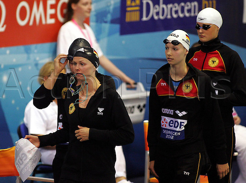 21.05.2012.  Debrecen Hungary  Len European Swimming Championships  Womens 4x100m Frestyle Final German Golden Medalists Britta Steffen l with Daniela Schreiber C and Lisa Vitting