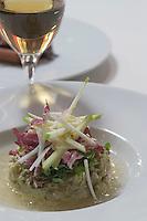 """Europe/France/Aquitaine/Gironde/Bordeaux: Salade de rhubarbe pamplemousse et betterave recette de Jean-Marie Amat restaurant le """"Café du Théâtre"""" pl. Pierre Renaudel"""