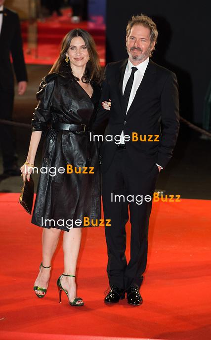 G&eacute;raldine Pailhas et Christopher Thompson &agrave; la 39&egrave;me c&eacute;r&eacute;monie des C&eacute;sar au th&eacute;&acirc;tre du Ch&acirc;telet &agrave; Paris, le 28 f&eacute;vrier 2014.<br /> G&eacute;raldine Pailhas and Christopher Thompson arrive at the 38th Cesar Ceremony (French movie awards) at Theatre du chatelet in Paris, France, on February, 28th 2014.