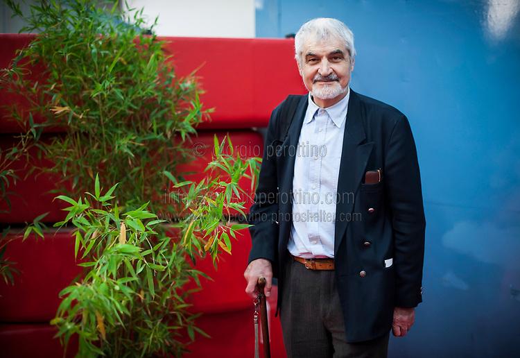 | Serge Latouche - economist and philosopher |<br /> <br /> client: Salone del Libro di Torino - Turin Book Fair