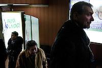 Varese: gente partecipa ad incontro organizzato dalla Lega Nord Varese per sostenere Roberto Maroni.