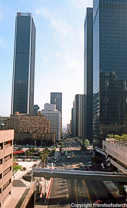 Los Angeles: Bunker Hill--looking south. Photo '84.
