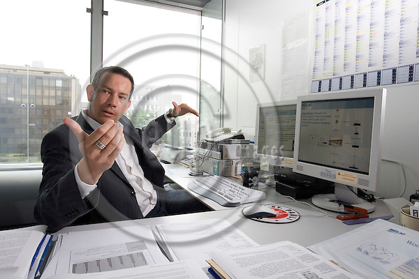 BRUSSELS - BELGIUM - 13 JUNE 2007 -- Jürgen (Jurgen, Juergen) MARKE, computer analyst at of OLAF - European Anti-Fraud Office. He unveiled the Chinese efforts to export Chinese garlic by rerouting it through Cambodia to hide its origin and avoid high EU tariffs and strict quotas. -- PHOTO: JUHA ROININEN / EUP-IMAGES
