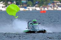 ooooops! Mike McLellan (#96) strikes a bouy.  (Formula 1/F1/Champ class)