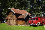 Remiza i wóz strażacki w Muzeum Kultury Ludowej w Węgorzewie.