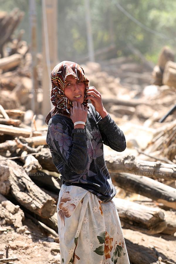Iran. Varzaqan. 27 August 2012: Earthquake in the city of Varzaqan in northwestern Iran. A 6.2-magnitude earthquake hit the towns of Ahar, Haris and Varzaqan in East Azerbaijan province in northwestern Iran on Saturday 11th August 2012...Iran. Varzaqan. 27 Aout 2012: Tremblement de terre dans la ville de Varzaqan, au Nord Ouest de l'Iran. Le 11 Aout 2012, un séisme d'une magnitude de 6.2 sur l'échelle de Richter a frappé le Nord Ouest de l'Iran. Il a touché les villes d'Ahar, Haris et Varzaqan à l'Est de l'Azerbaijan.