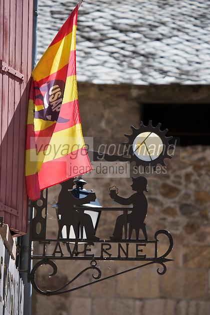 Europe/France/Languedoc-Roussillon/66/Pyrénées-Orientales/Conflent/Villefranche-de-Conflent: Détail enseigne de la  Ville fortifiée - Taverne