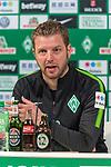 13.04.2018, Weserstadion, Bremen, GER, 1.FBL, Pressekonferenz Werder Bremen, <br /> <br /> im Bild<br /> Florian Kohfeldt (Trainer SV Werder Bremen), <br /> <br /> Foto &copy; nordphoto / Ewert