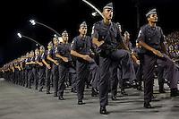SÃO PAULO,SP, 19.11.2015 - SEGURANÇA-SP - Formatura de 2.820 soldados da Polícia Militar no Sambódromo do Anhembi, zona norte de São Paulo, SP, nesta quarta-feira (18). (Foto: Fernando Neves / Brazil Photo Press)