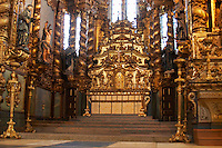 sao francisco church altar porto portugal