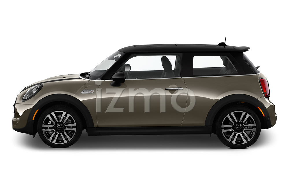 Car driver side profile view of a 2019 Mini Hardtop 2 Door Cooper S Signature 3 Door Hatchback