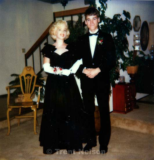 Elizabeth Russell and Trent Nelson before the Senior Ball.; San Ramon, CA<br />