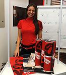 FUDBAL, BEOGRAD, 08. Dec. 2010. - U Red cafe-u na zapadnoj strani Marakane  obelezavano je 19 godina od osvajanje titule sampiona sveta FK Crvena zvezda. Za tu priliku organizovanje je prigodan koktel koji je ujedno iskoriscen za promociju kalendara FK Crvena zvezda za 2011. godinu koji ce se odmah nakon promocije naci i u prodaji.. Foto: Nenad Negovanovic
