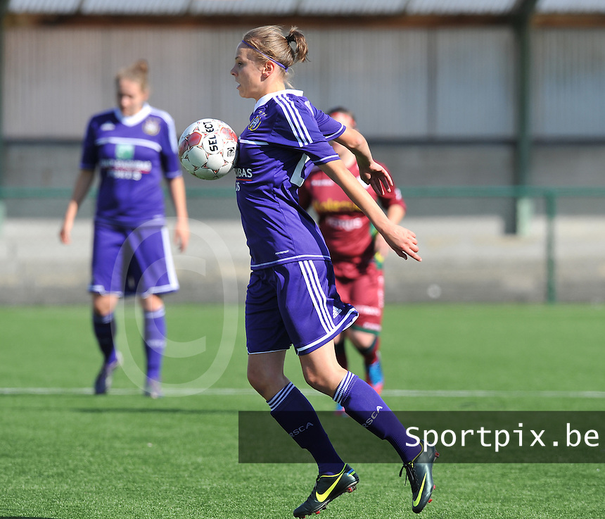Dames Zulte Waregem - RSC Anderlecht : Lorca Van de Putte.foto DAVID CATRY / Vrouwenteam.be