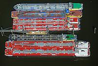 Bunkerboote der Reederei Dettmer im Hamburger Hafen: EUROPA, DEUTSCHLAND, HAMBURG, (EUROPE, GERMANY), 19.04.2014 Bunkerboote der Reederei Dettmer im Hamburger Hafen