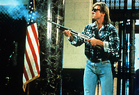 They Live (1988) <br /> Roddy Piper<br /> *Filmstill - Editorial Use Only*<br /> CAP/KFS<br /> Image supplied by Capital Pictures