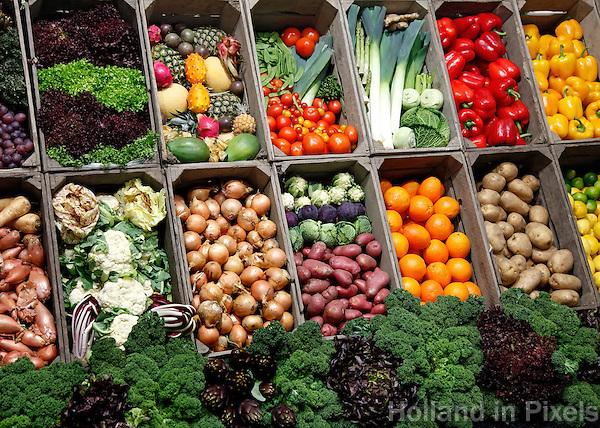 groente en fruit in kistjes