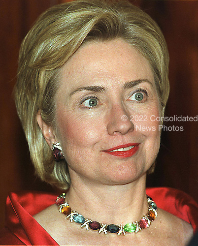 First lady Hillary Rodham Clinton greets guests to the State Dinner in honor of President Andres Pastrana of Columbia at The White House in Washington, DC on 28 October, 1998.<br /> Credit: Ron Sachs / CNP