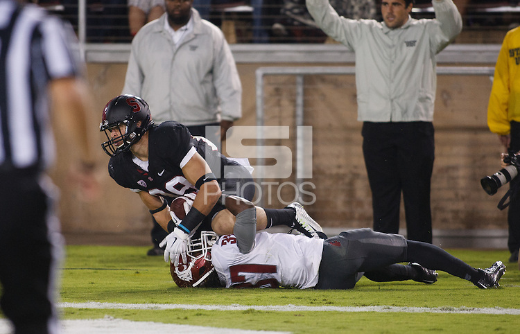 Stanford-October 10, 2014: Devon Cajuste during the Stanford vs. Washington State game Friday night at Stanford Stadium.<br /> <br /> The Cardinal defeated the Cougars 34-17.