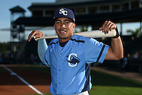 Charlotte Stone Crabs second baseman Kean Wong (4) poses for a photo before a game against the Bradenton Marauders on April 22, 2015 at McKechnie Field in Bradenton, Florida.  Bradenton defeated Charlotte 7-6.  (Mike Janes/Four Seam Images)