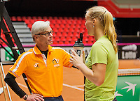 April 15, 2015, Netherlands, Den Bosch, Maaspoort, Fedcup Netherlands-Australia, Training session Dutch team, Coach Martin Bohm  and Kiki Bertens <br /> Photo: Tennisimages/Henk Koster