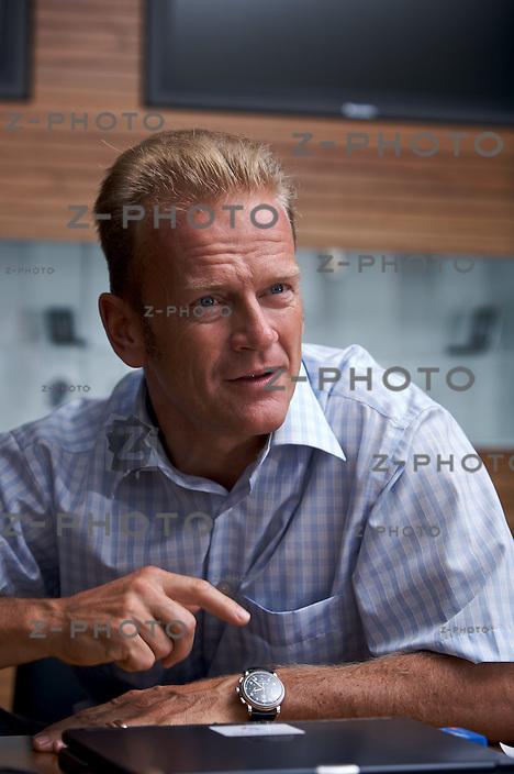 Interview mit Konzernchef und CEO Carsten Schloter im Hauptsitz der Swisscom AG am an der Muellerstrasse 16 in Zuerich am 28.5.08..Copyright © Zvonimir Pisonic