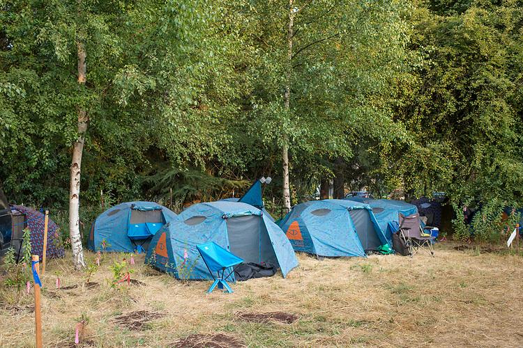 Bill Purcel, Poler tent camping.