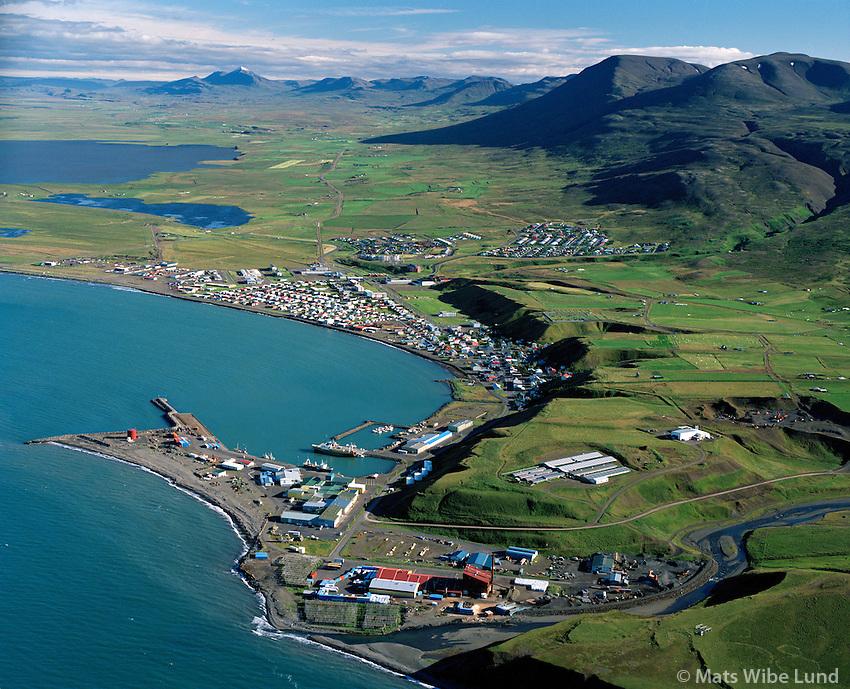 Sauðárkrókur séð til suðurs, Steinullarvarksmiðjan fremst. Skagafjörður / Saudarkrokur viewing south, Rockwool factory in foreground.Skagafjordur